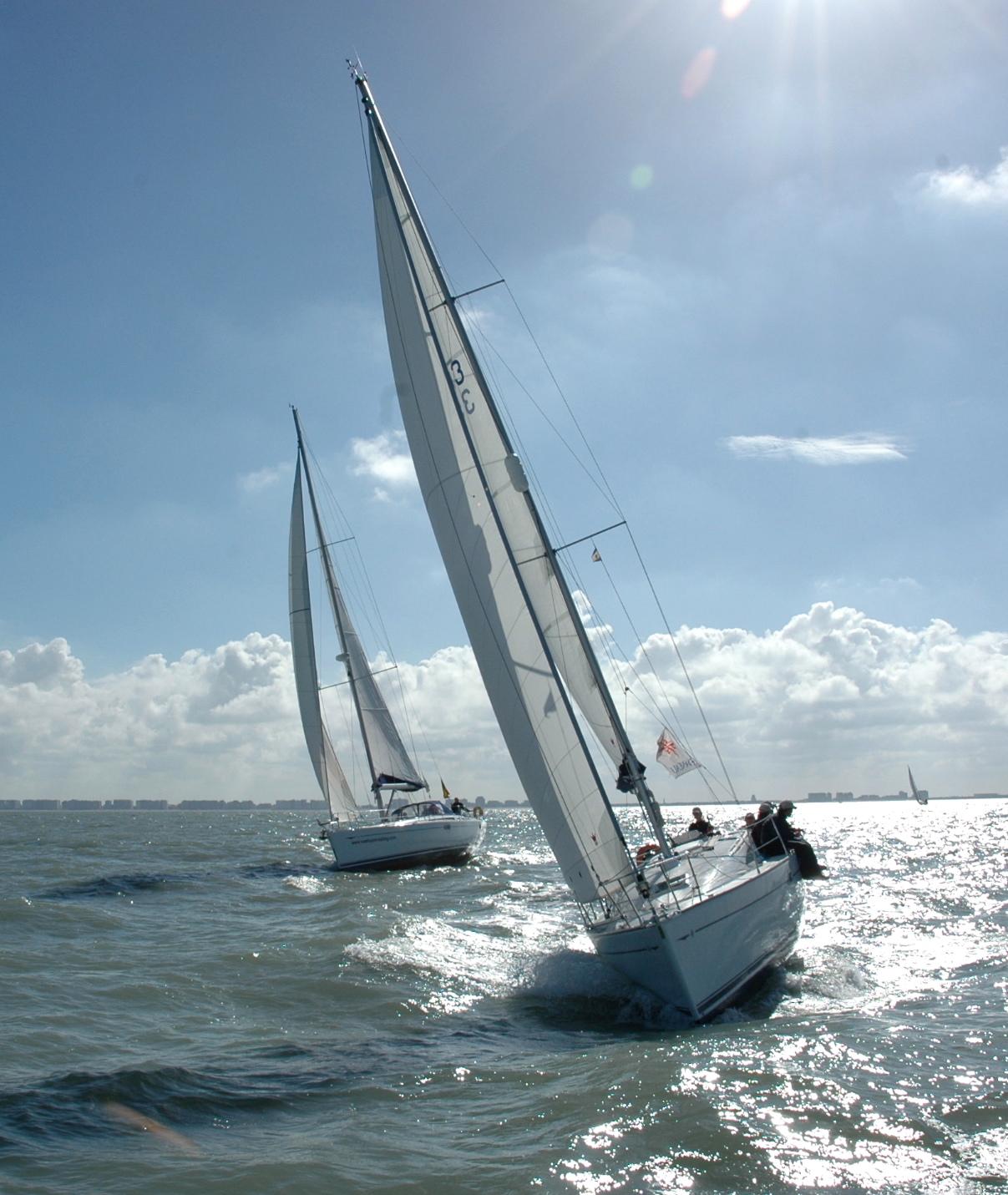 Teambuilding, een verfrissend zeilevent op de Noordzee